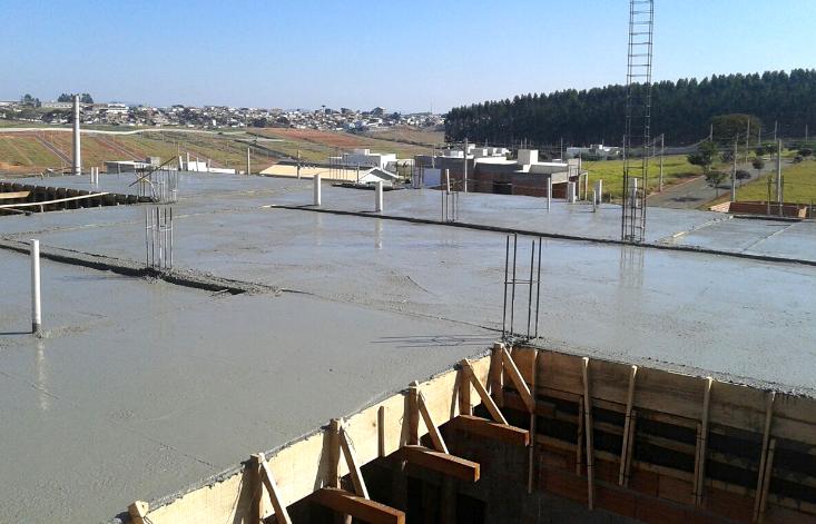 Laje com concreto BIG Lajes uma obra em Alfenas Minas Gerais